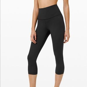 """Lululemon Run with the Waves Crop 21"""""""